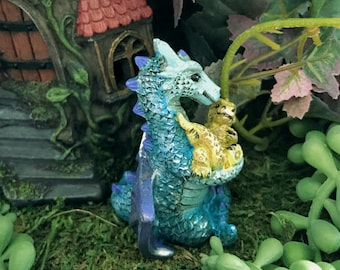 Miniature Purple/Blue Dragon Mommy with Baby
