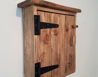 rustic key cabinet, key holder, distressed cabinet, solid wooden key box