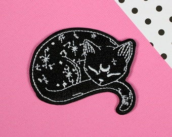Mystical Cat Iron On PATCH // patch, patch game // PT025
