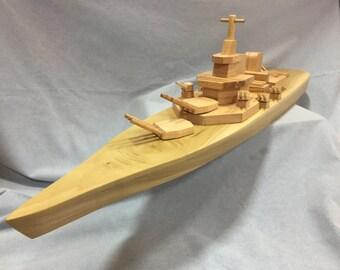 Wooden Toy Boat // La Flotta Enormi // La Corazzata