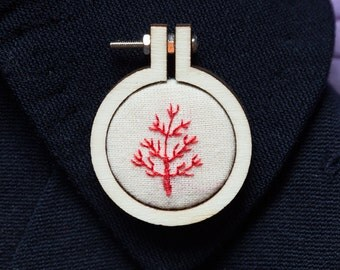 Mini embroidery hoop brooch Red Coral