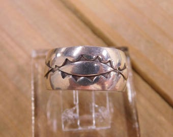 Vintage Sterling Silver Ring Size 9.5