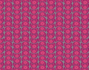 Anna Maria Horner's pattern Crescent Bloom in the color Fuchsia for Free Spirit - True Colors / 1 Yard