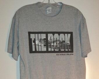 Alcatraz penitentiary t shirt// San Francico Bay state park souvenir travel graphic vintage tee// Unisex size men's large