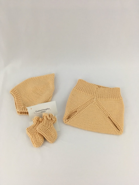 Pixie hat diaper cover booties set, size newborn, cream color, soft stretchy yarn,