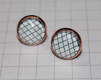 Black & White Pattern Round Glass Cabochon Copper Tone Stud Earrings 12mm