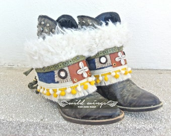 Boho boots,boot covers,gypsy boots,vintage boho boots,festival boots,Hippie Bohemian Style,Boot Wraps,boot cuffs,tribal boots,ibiza style