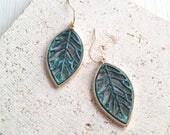 Leaf Earring,Vintage Leaf Earring,Vintage Leaf Dangle Earring,Vintage Turquoise Leaf Earring,Vintage Turquoise Leaf Dangle,Leaf Dangle
