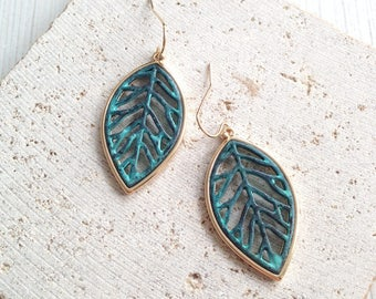 Leaf Earring,Vintage Leaf Earring,Vintage Leaf Dangle Earring,Vintage Turquoise Leaf Earring,Vintage Turquoise Leaf Dangle,Leaf Dangle