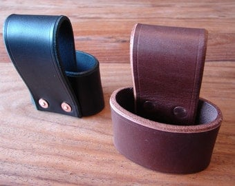 Leather axe holster belt loop - 2 colour options