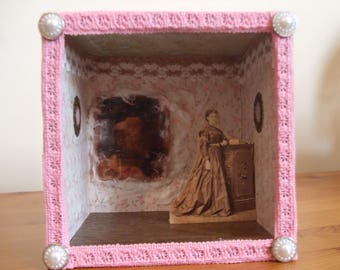 Miss Tandy the Spiritualist- diorama/roombox.