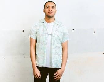 Patterned Summer Shirt . Vintage Mens Vacation Shirt Abstract Print Holiday Shirt Colorful Summer Top Indie Mens Fashion . size Small