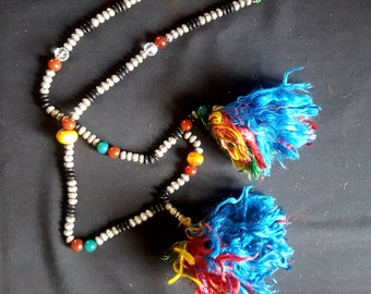 Morocco - Prayer-String Necklace. Tekna ~ Laayoun, Sahara– silver, agates, amber and carnelian beads