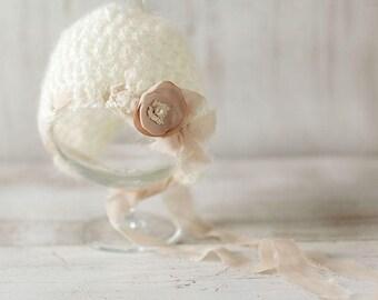 Newborn hat, Baby girl bonnet, Photo prop, Photography, Knitted hat, Beanie, Shower gift
