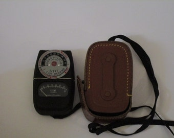 Vintage Light Meter-GE Exposure Meter Type DW-68 for photography