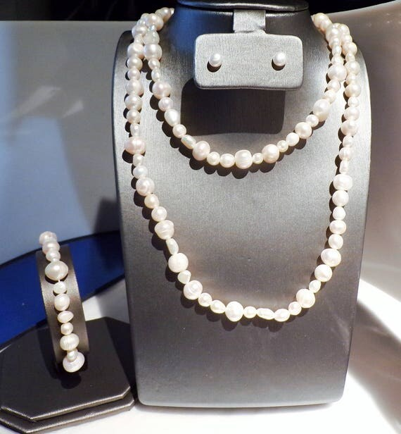 36 inch White Freshwater Pearl Necklace with matching Stud earrings and Bracelet