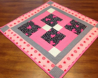 Quilted Valentine Candle Mat