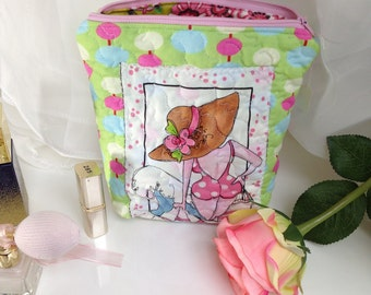 Laundry bag, cosmetic case
