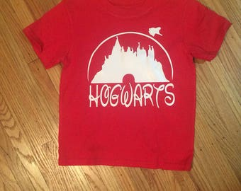 Harry Potter inspired Hogwarts t shirt!  Variety of colors available! Adorable toddler shirt with Horwarts castle in a fun Disney font!