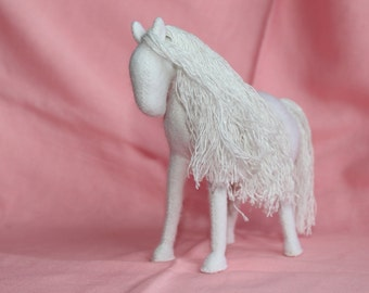 White Horse //Unicorn //Pegas //Pegasus //Stuffed Toy Horse //Horse Stuffed Animal //Waldorf Horse //Einhorn
