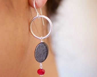 SARANI, Silver earrings and volcanica-hecho stone by hand