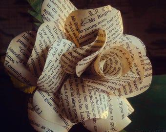 Literary Paper Rose - Pride & Prejudice by Jane Austen - Single Rose