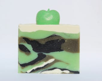 POISON APPLE Vegan Coconut Cream Cold Process Soap