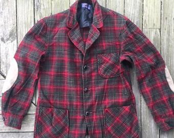 Small men's Pendleton plaid jacket