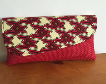 Red print clutch