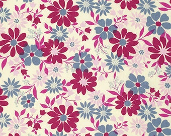 Jennifer Paganelli Caravelle Arcade Rebecca in Ivory freespirit cotton quilting grey pink flowers floral fabric material by the metre yard