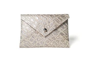 Card Wallet- Silver/White