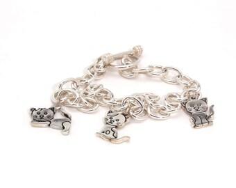 Triplets. Cat bracelet in sterling silver