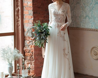 Lace wedding dress GLORIA / Long sleeves wedding dress, comfortable wedding dress, boneless wedding dress, light wedding dress, covered back