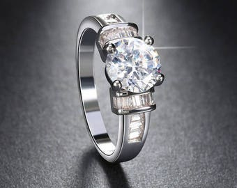 Very beautifull engagement ring, simulated Diamond Ring with White Gold Plated.