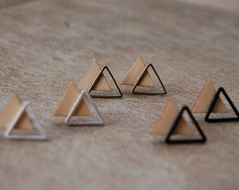 Studs triangles wood and metal