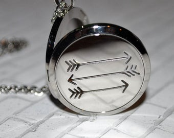 Arrow Essential Oil Diffuser Necklce ~ Aromatherapy Necklace ~ Arrows ~ 30mm Stainless Steel ~ Essential Oil Locket