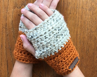 Pumpkin & Oatmeal Womens Fingerless Gloves