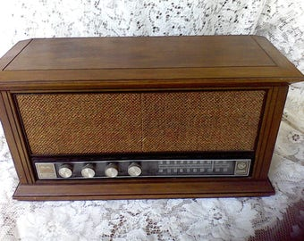 General Electric Am-FM Radio, Solid State, Working, Dual Speakers