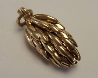 "14K Yellow Gold ""Bunch of Bananas"" Pendant"