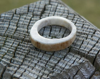 Natural Whitetail Deer Antler Ring, Size 6, Lady's Ring, Minimalist, Eco-Friendly