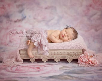 digital backdrop  background newborn baby girl pink and gray bed