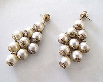Vintage pearl earrings vintage pearl drop earrings 50s faux pearl jewelry costume jewelry pearl gold tone 50s pearl..