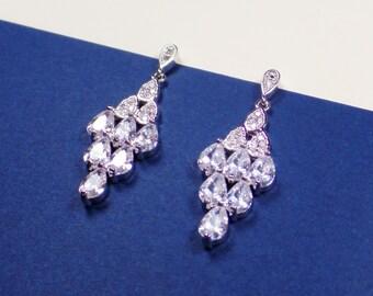 Bridal earings,Bridesmaid Gift,wedding earrings,Cubic Zirconia Earrings,Bridal Jewelry,wedding jewelry,bridesmaids gifts,crystal earrings,