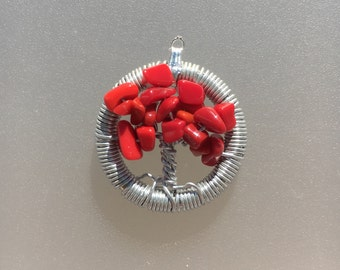 Red mini tree pendant