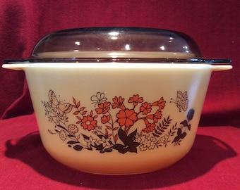 Pyrex Butterflies Casserole Dish 3 Litre or 5.25 pints circa 1983
