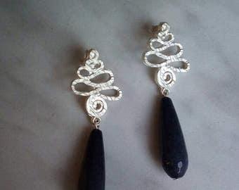 elegant earrings pendants made of zama