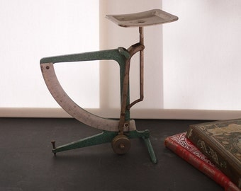 Former weighs letter Hema 1950 s. Vintage German HEMA Balance Postal Scale mail letter 500g made in GDR. Mid Century Office décor