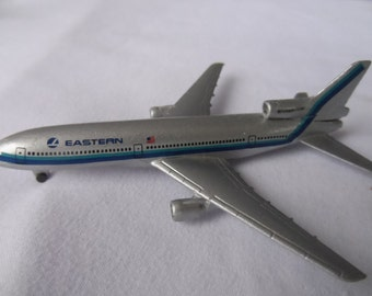 FREE SHIPPING in USA Vintage  Eastern Airlines Schabak 1/600 - 909/24 Tristar L-1011  Model Plane Collectible, Eastern Airlines Memorabilia