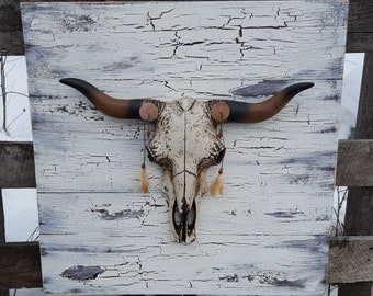 Reclaimed Wood and Cow Skull Wall Decor Southwestern Decor Cow Skull Wall Art Long Horn Skull Reclaimed Wood Wall Art
