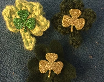 Crocheted st paddys pin